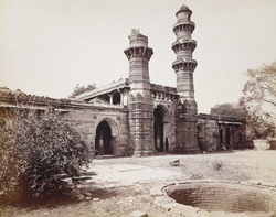 South-east view of the façade of the Bibiji Mosque at Rajapur Hirpur, Ahmadabad 1745